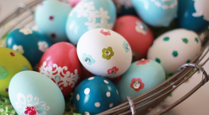 And another one from Landee, because these bling eggs are just too cute!  Via