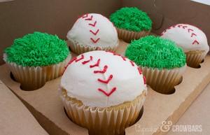 End of Season Baseball Cupcakes | Cupcakes&Crowbars